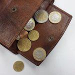 Eisweiler und St. Wendel: Diebstahl von Geldbörsen