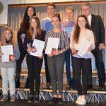 Cusanus – Tag: Verleihung der Cusanus Medaillen und des Cusanus – Preises an engagierte Schüler