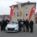Oberthal: Gewinnsparer gewinnt Peugeot 208 nach 40 Jahren Prämiensparen