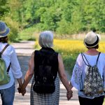 Spaziergang mit Nadine Schön auf dem Herzweg am Schaumberg