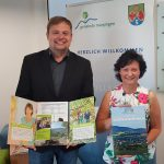 Marpinger Bürgermeister führt Informationsmappe für Neubürger ein