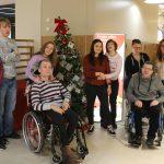 """St. Wendel: Aktion """"Wunschzettelbaum"""" – Menschen mit Behinderung eine Freude machen"""