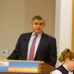 Tholey: Bundesverfassungsrichter Peter Müller mahnt besseren Lebensschutz an
