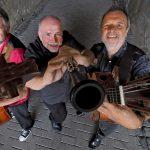 Otzenhausen: Konzert mit Helmut Eisel & JEM in der Europäischen Akademie