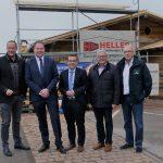 Tholey: Schaumberg Alm eröffnet im Juli – Hüttenensemble in südbayerischer Anmutung mit Platz für 800 Personen