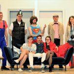 """Urweiler: Theatergruppe aus dem Allgäu zu Gast – """"Taxi Taxi"""" von Ray Cooney wird in auf die Bühne gebracht"""