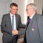 St. Wendel: Günter Jung für seine Verdienste um die deutschfranzösische Freundschaft geehrt – Hochrangige Auszeichnung für St. Wendeler Ehrenbeigeordneten