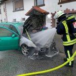 Steinberg-Deckenhardt: Fahrzeugbrand im Oberthaler Ortsteil