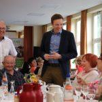 """Remmesweiler: """"Ich hab schon seit jeher mit Neid auf Remmesweiler geblickt"""" – Ministerpräsident Tobias Hans besucht Smart Village Remmesweiler"""