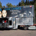 Türkismühle: Info-Truck der Metall- und Elektroindustrie zu Besuch an der Gemeinschaftsschule
