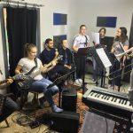 """Winterbach: """"Auf dem Weg zur Freiheit"""" – Die Holytones proben für die neue Rock-Andacht"""