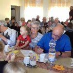 Winterbach: Mehrgenerationenmittagessen in der kath. Kita Hl. Familie