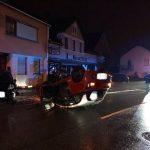 Winterbach: 18-jährige Fahrerin überschlägt sich