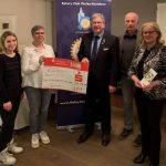 """Rotary-Hilfe-Tholey-Bostalsee e.V"" spendet 2.000 EUR aus Kerzenverkauf an Kinderhospiz-Team Saar"