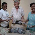 Theley: Brillen-Paket ist Indonesien angekommen