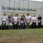 FOS Technik des TGBBZ der Dr.-Walter-Bruch-Schule in St. Wendel spenden Geld für Abschlussfeier an Kinderhort