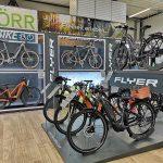 Erster FLYER Store Deutschlands in Bliesen – E-Bikes ganz neu erleben