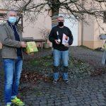 Apfelsaft für die Abiturfeier – Der Abschlussjahrgang des Cusanus-Gymnasiums zeigt sich engagiert und kreativ