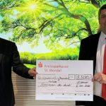Vereine erhalten finanzielle Unterstützung der Sparkasse
