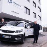 Bank 1 Saar und Sparverein Saarland übergeben Spendenfahrzeug